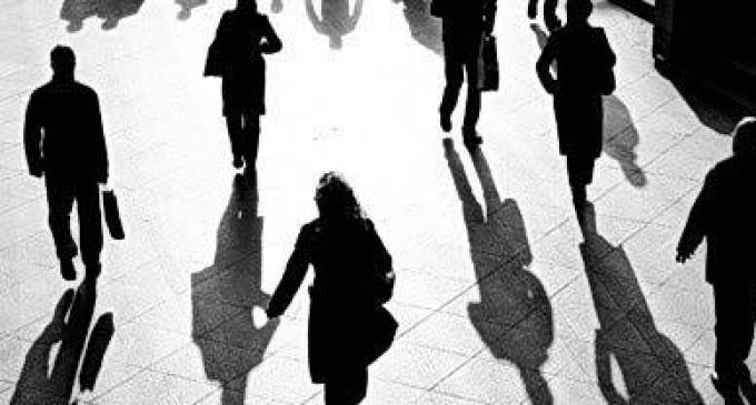 """Рецензія на книгу Івана Байдака """"Тіні наших побачень"""""""